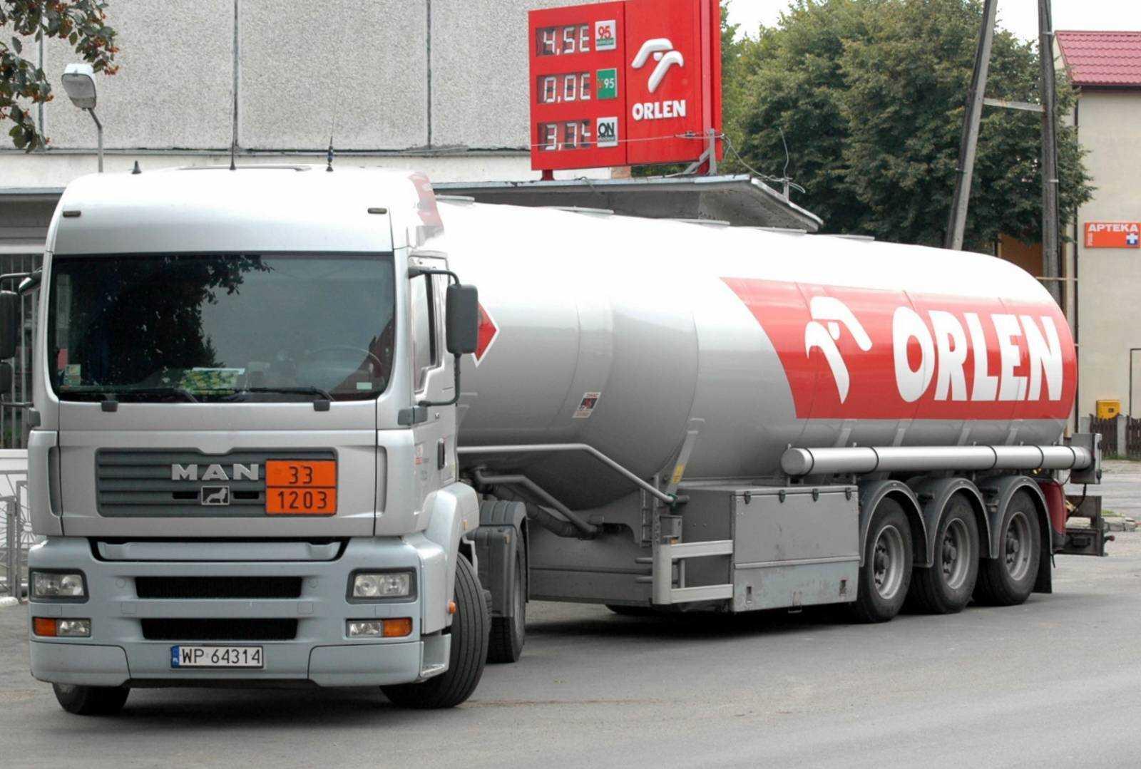 Nieoczekiwany efekt ustawy zakazującej handlu w niedzielę. Stacje benzynowe zmienią się w supermarkety? · Wieści24.pl