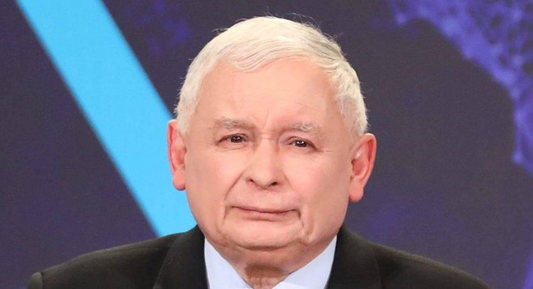 """Kaczyński: Co drugi Polak jest mizernym pijaczyną, na prowincji piją wódkę i oglądają """"pornosy"""". Dziennikarka przypomniała wywiad z szefem PiS… 1"""