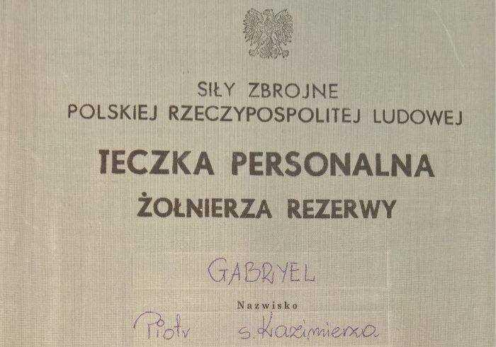 """Teczka kierującego tygodnikiem """"Do Rzeczy"""" w IPN. Kim jest Piotr Gabryel? [FOTO] 1"""