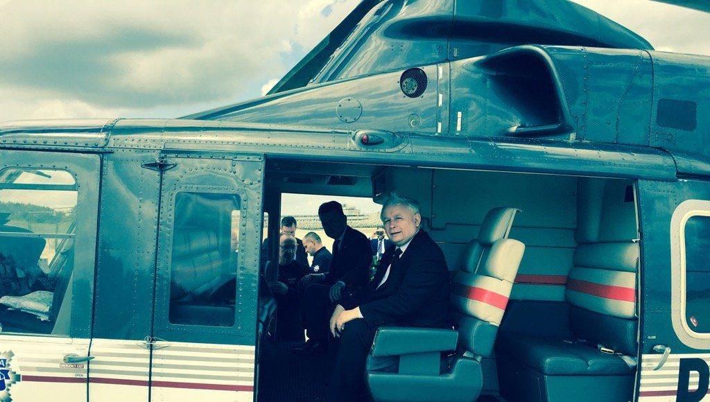 Ujawniamy! Jarosław Kaczyński latał sobie policyjnym śmigłowcem na Wawel 1
