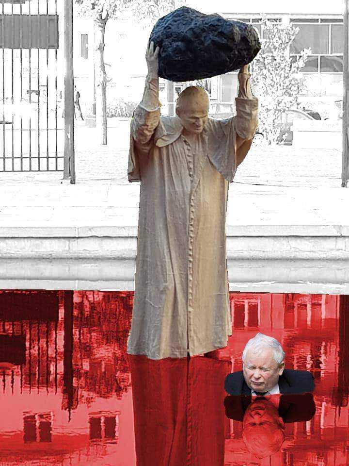 Minister zapłacił za koszmarny pomnik, który obraża katolików i pamięć o Janie Pawle II 3