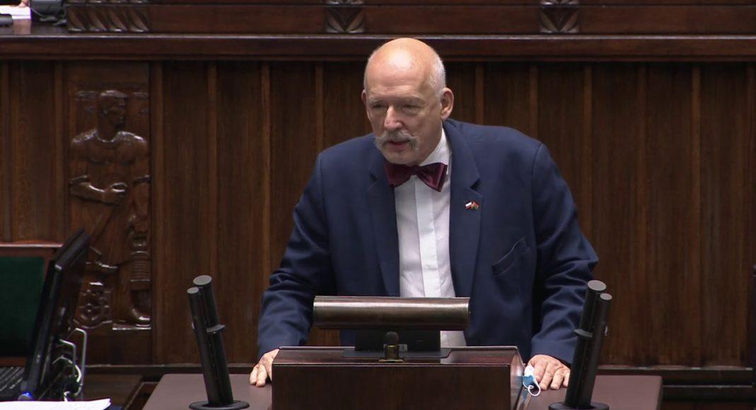 """Janusz Korwin-Mikke ostro o radzie ekspertów ds. pandemii: """"Banda durniów"""" 1"""